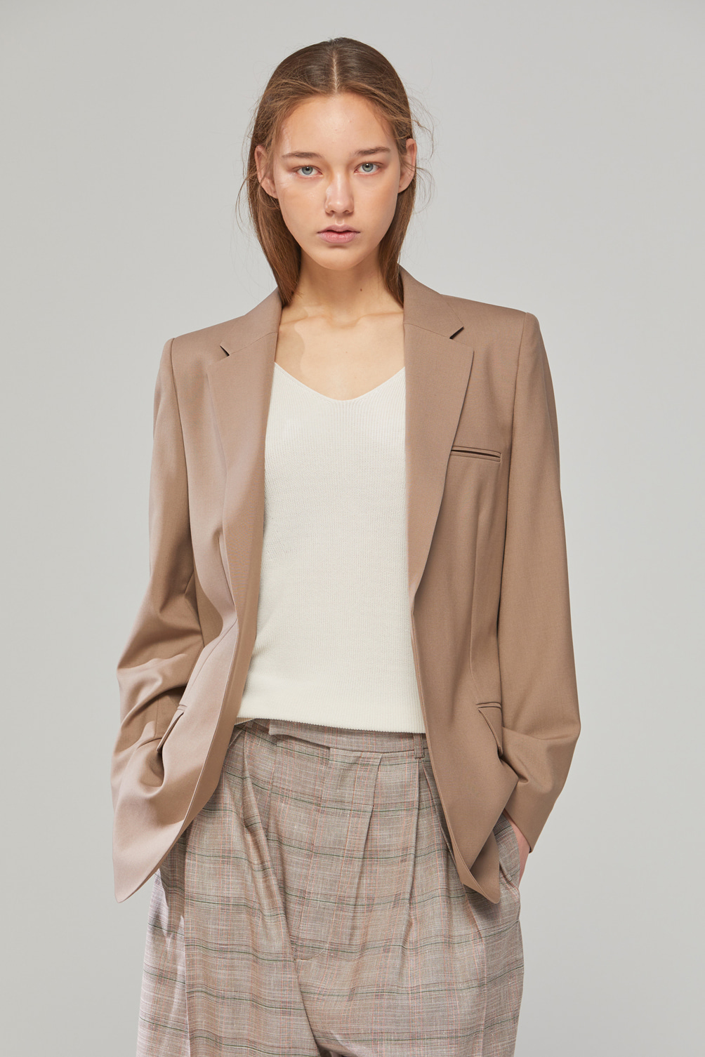 DEMERE LIGHT-WOOL BELTED JACKET (DARK BEIGE)